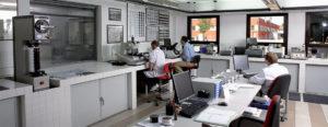 Laboratori01